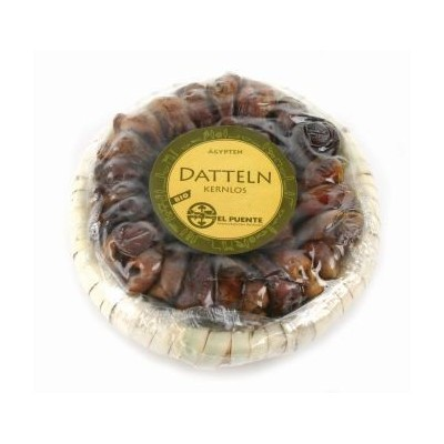 Daktyle Fair Trade w koszyczku z liści palmowych